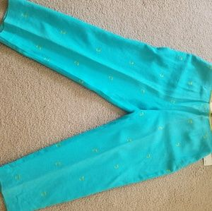 Capris in linen pants Size 12